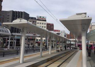 西口駅前広場電停シェルター